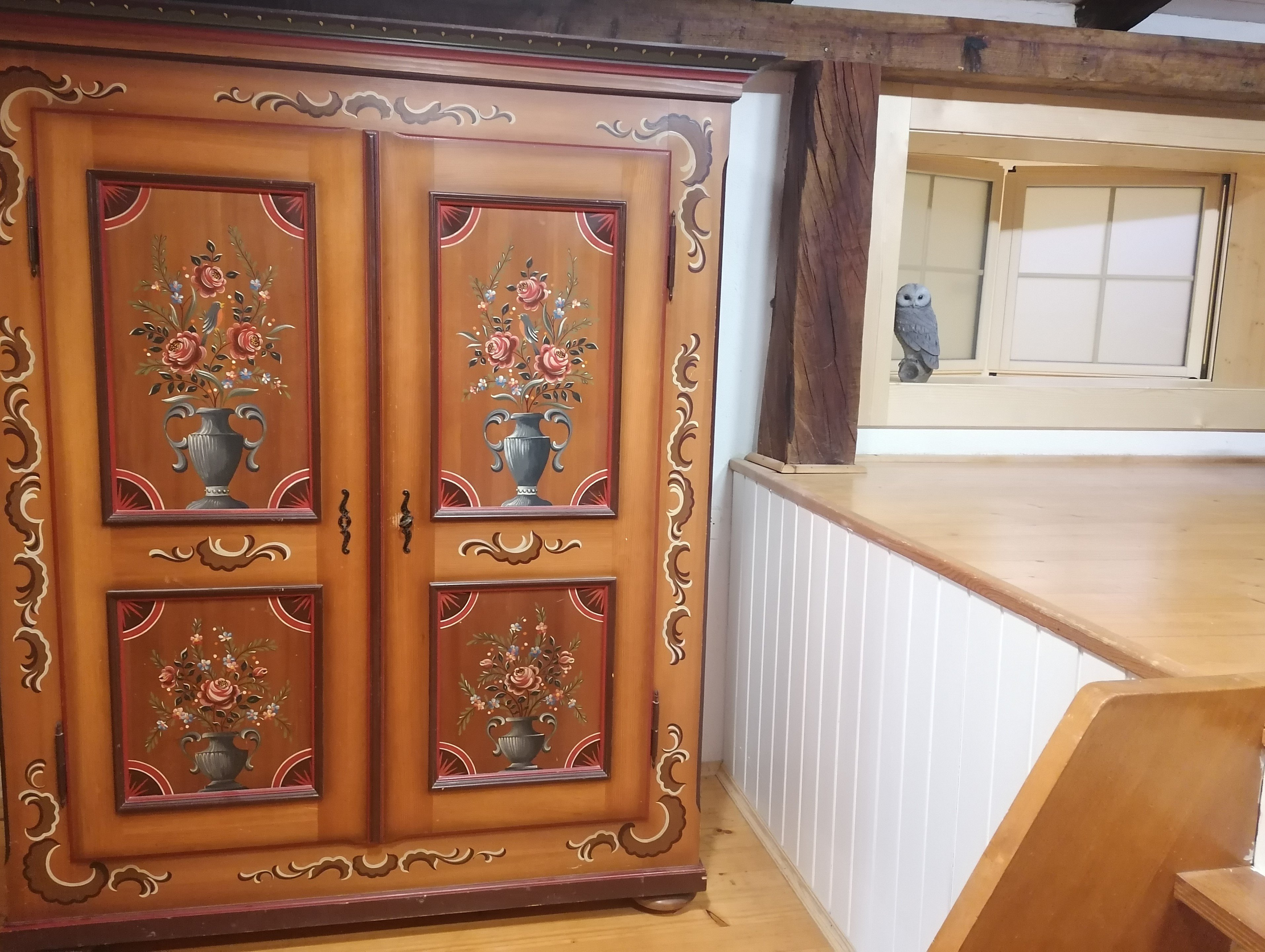 For you too: a large traditional cupboard